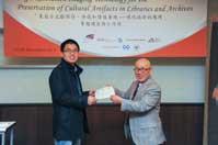 Mr. Chijo Onishi  Present Certificate to Mr. LIU Xiuwen
